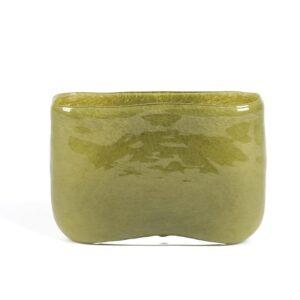 Olijfgroene-smalle-cilindervaas